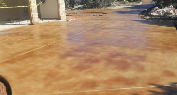 Repair renew your concrete driveway or garage floors for Remove stains from concrete driveway